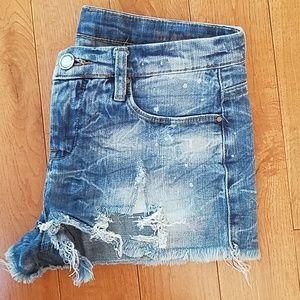 BlankNYC☆Distressed Jean Shorts